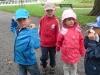 Grupy Słoneczników i Bratków w czasie wycieczki do Zamku Górków